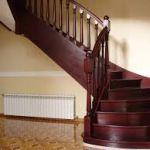 Какой материал выбрать для обшивки лестницы?