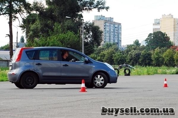 Автошкола на Лесном Киев,  уроки вождения Лесной массив,  любое время изображение 2
