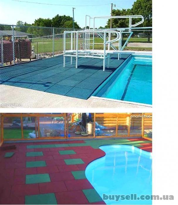 резиновое напольное покрытие для бассейнов изображение 3