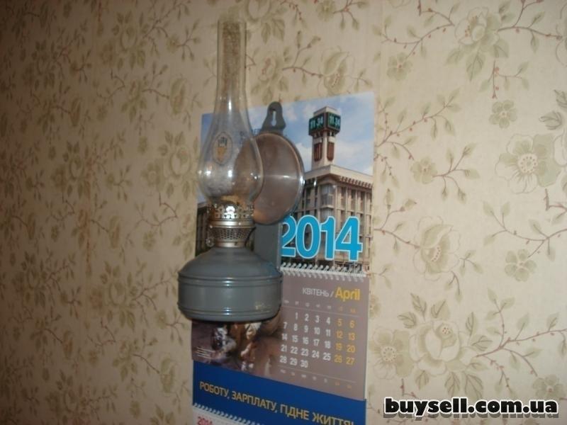 Керосиновая лампа настенная изображение 4