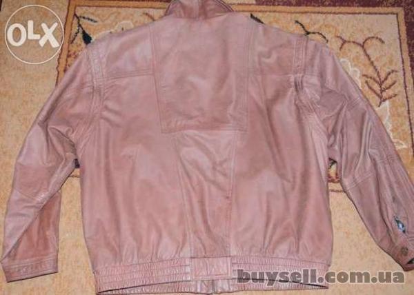 Продается осенняя мужская курточка изображение 2