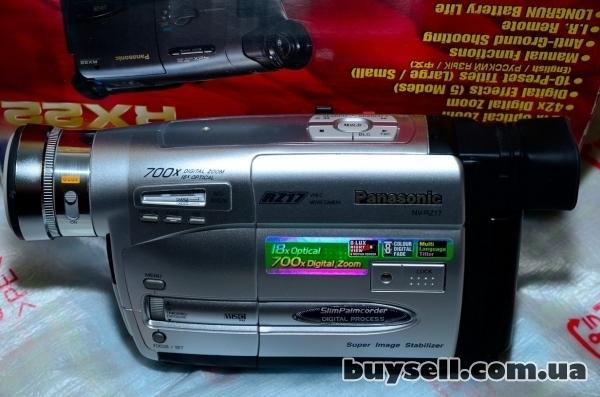 Продается видеокамера Panasonic NV-RZ17 изображение 3