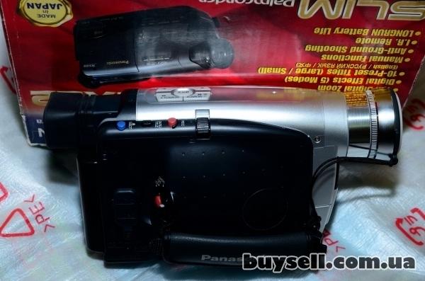 Продается видеокамера Panasonic NV-RZ17 изображение 2