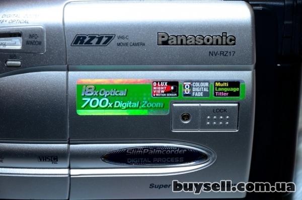 Продается видеокамера Panasonic NV-RZ17 изображение 4