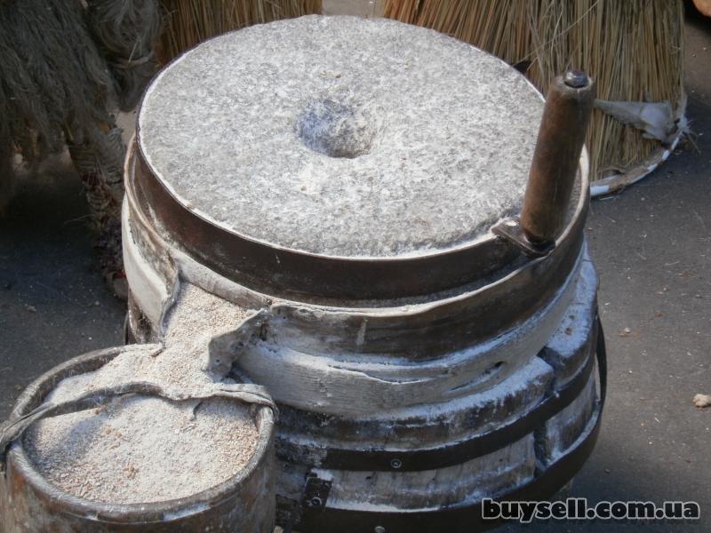 Соняшникове-білкове борошно – порошкоподібний сипкий продукт,   із вмі