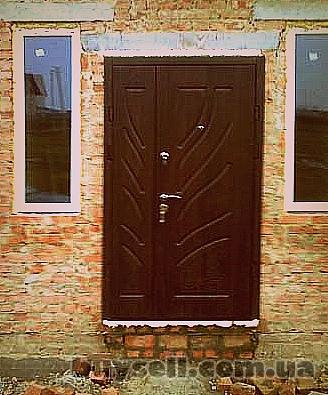 Бронированные  и межкомнатные двери изображение 2