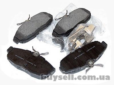 Форд мустанг 2005 - 2010 - Колодки тормозные дисҡовые задние .