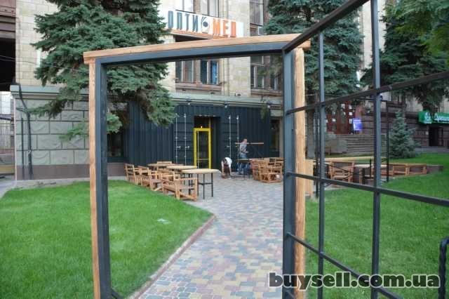 Фасады кафе,  магазинов и др.  «Броневик» - Днепропетровск.