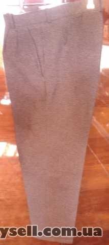 Продам б/у мужские классические летние брюки