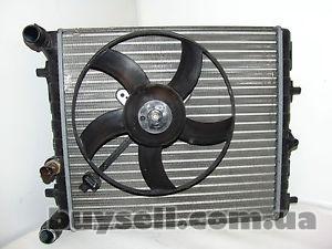 Шкода Фабия 2008 .  1. 4 Радиатор Охлаждения двигателя .