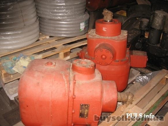 Гидромоторы,  насосы,  распределители,  цилиндры на экскаваторы,  авто изображение 3