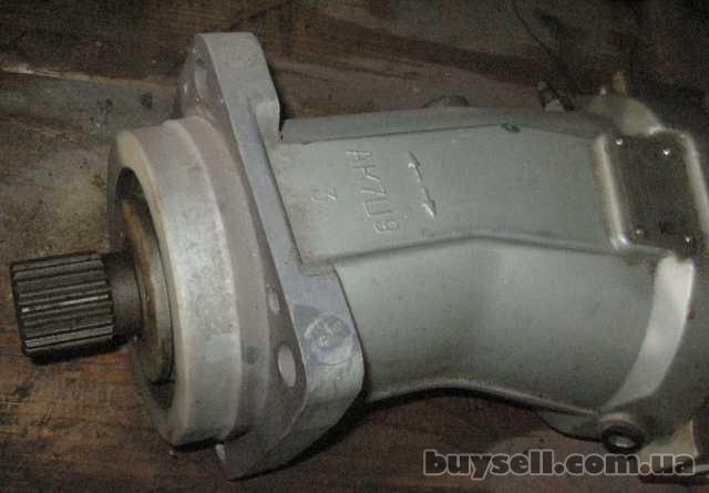 Гидромоторы,  насосы,  распределители,  цилиндры на экскаваторы,  авто изображение 5