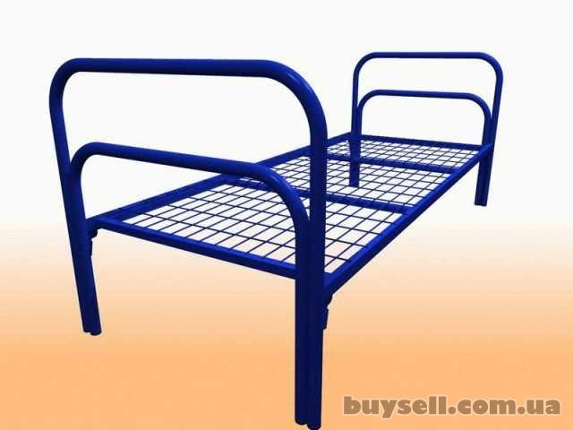 Трёхъярусные металлические кровати для общежитий,  кровати дёшево изображение 4