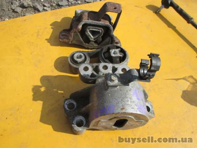 Подушка двигателя Citroen Nemo 1. 4 hdi 2008-2014