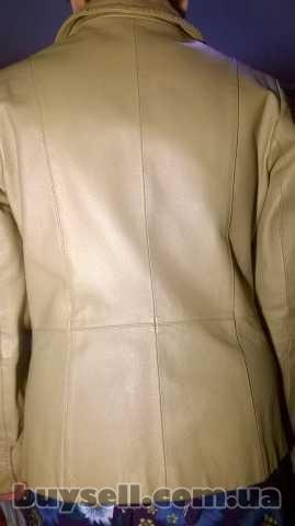 Куртка шкіряна, жіноча. изображение 3