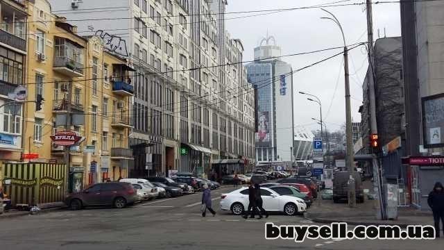 аренда под АВТО / ЭЛЕКТРО: заправку, салон, промо-стойку изображение 3