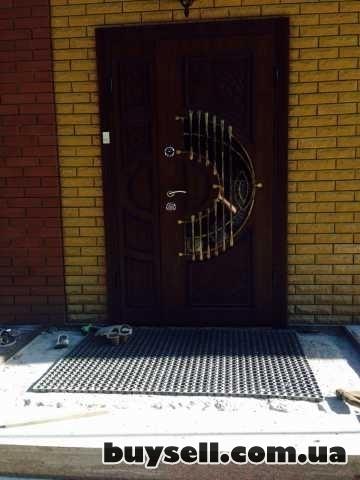 Двери входные и металопластиковые изображение 4