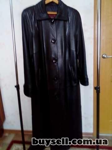 Продаётся кожаный плащ пальто