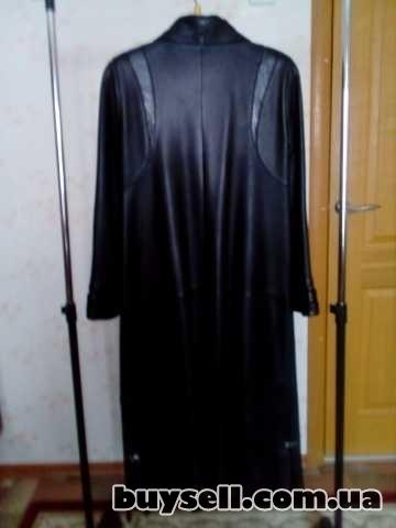 Продаётся кожаный плащ пальто изображение 3