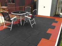 Резиновая плитка для тренажерных залов и спорткомплексов.