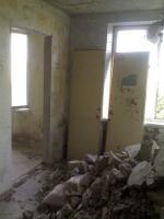 Демонтаж сантехкабин,перегородок,стен,бетона.Резка проемов в Харькове