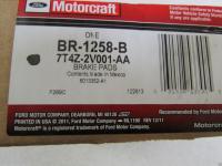 Линкольн МКХ 07 - 013г - Колодки передние тормозные дисковые