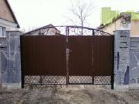 Ворота с калиткой, въездные, распашные
