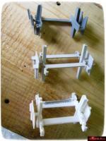 Хрестик распорний для монтажу склоблоків 5 та 10 мм