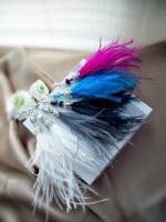 Ретро-сережки з страусиним пір'ям