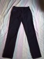 Школьные брюки,  р. -36 (Турция)  + 2 подарка