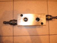 Гидроклапан 520. 16. 10 А (У 462. 817. 1)  в клапанных коробках.