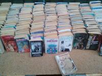 Продаю книжки детективи,  фантастіка,  мелодрами,  художні класичні тв